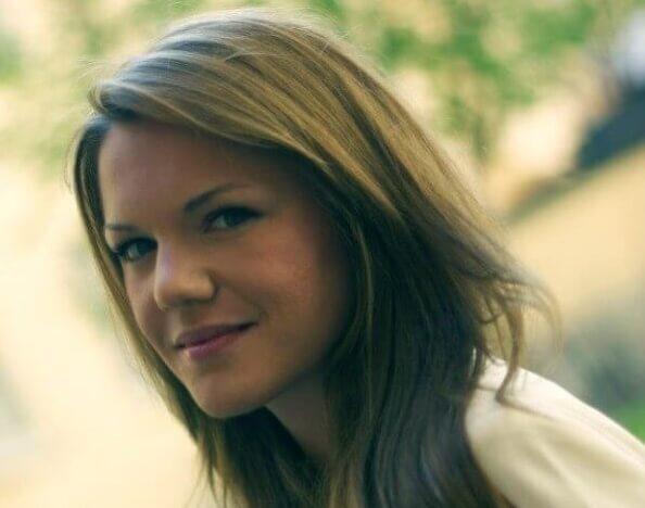 Porträttbild på talangen Mia Batljan
